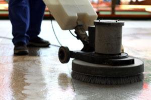 czyszczenie podłóg, firma sprzątająca
